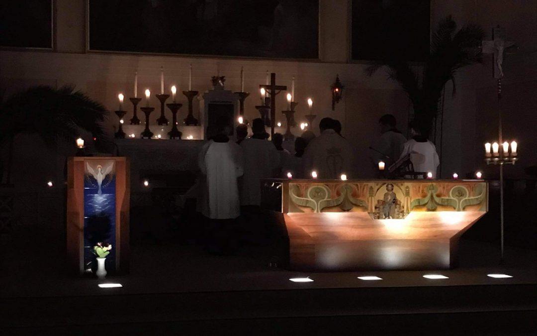 Meghitt hajnali szentmisék 6 órakor templomunkban